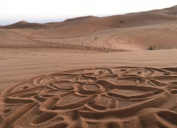 mandala di sabbia nel sahara